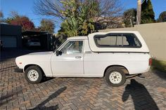 Nissan 1400 for sale in Gauteng New Nissan, 15 Years, Champs, Cars For Sale, 15 Anos, Cars For Sell