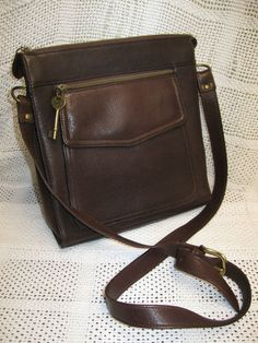 Vintage Fossil Brown leather crossbody purse Never Used!