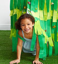 Bug Birthday Party: Grass Table Skirt (via Parents.com)  for the carnival booth!