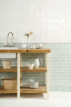Brick tile taken from the Cosmopolitan collection in the Residence range. These glossy tiles comes in a palette of 24 colours. Restaurant Bathroom, Hotel Kitchen, Living Room Kitchen, Kitchen Tiles, Kitchen Decor, Conservatory Dining Room, Dining Room Fireplace, Brick In The Wall, Kitchen Colour Schemes