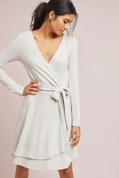Anthropologie CloudFleece Wrap Dress - soft, wrinkle-free and lightweight - a perfect dress for cool days and nights! Modest Dresses, Trendy Dresses, Nice Dresses, Casual Dresses, Wrap Dresses, Winter Dresses, Winter Outfits, Dress Shorts Outfit, Blue Jean Dress