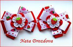 Фотография Ribbon Art, Ribbon Crafts, Ribbon Bows, Felt Crafts, Baby Hair Clips, Baby Hair Bows, Flower Hair Bows, Cloth Flowers, Diy Bow