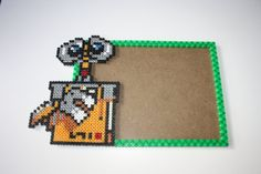 Marco para fotos Walle. Pixel Art. Beads por DecorarteLeon en Etsy, €18.00