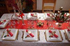Te compartimos 9 Ideas para que tu comedor luzca hermoso en tu cena navideña. Santa Margarita, Table Settings, Table Decorations, Recherche Google, Tables, Home Decor, Christmas Dinners, Home Decoration, Mesas