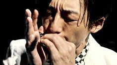 """キリンビールが、俳優の高橋一生、ミュージシャンの浜野謙太と東京スカパラダイスオーケストラのコラボレーションWEBムービーを、本日6月27日より公開。あわせて、""""キリン 氷結(R)""""と""""森永製菓 ICEBOX""""がコラボレーションした『氷結(R)専用ICEBOX[トリプルミックス]当たる!キャンペーン』の応募受付も、本日6月27日10時より開始される。昨年好評を博した""""氷結(R)""""とICEBOXのコラボレーションを今年も実施。今回の""""氷結(R)専用ICEBOX[トリプルミックス]""""では、モモ、パイン、ブドウの3つのフレーバーがミッ..."""
