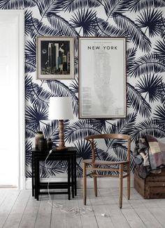 Here, you'll find 33 photos showing you how to decorate your home with tropical wallpaper—and how to do so elegantly. Because tropical wallpaper doesn't have to be tacky; Palm Leaf Wallpaper, Tropical Wallpaper, Wall Wallpaper, Bedroom Wallpaper, Wallpaper Ideas, Tropical Wall Decals, Tropical Decor, Wall Design, House Design