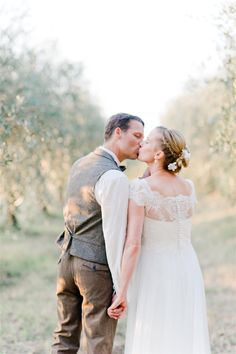 A Dreamy Vintage Destination Wedding in The Hills of Tuscany from Nadia Meli Photography