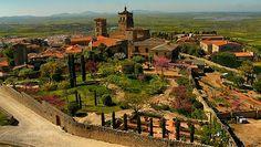 04 - Casa en Trujillo, Su madre fue Francisca González Mateos, dama de recamara noble de la tía de Gonzalo, Beatriz Pizarro, devota del Convento de San Francisco el Real.
