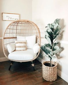 Who else is using this time to redecorate their home? Room Design Bedroom, Room Ideas Bedroom, Bedroom Decor, Home Living Room, Living Room Decor, Spring Home Decor, Aesthetic Room Decor, My New Room, Cozy House
