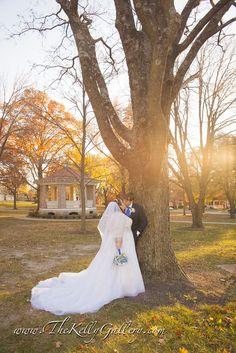 Gorgeous sun setting makes for kisses  #weddinghour #weddingwendesday #weddingday #weddingphotography  #picoftheday #midwest #kansas