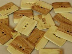 Diz aus Fliederholz, Werkzeug für das Handspinnen von Wolle