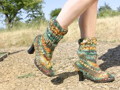 The first time I saw a knitted boot in a magazine, I was inspired to try my hand at replicating it. The plan was to transform a pair of existing high-heel