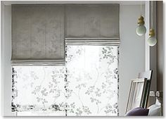 シェードスタイル ダブル(ツイン)シェード Curtain Styles, Roman Shades, New Kitchen, Window Treatments, House Plans, Windows, Curtains, Living Room, Bedroom