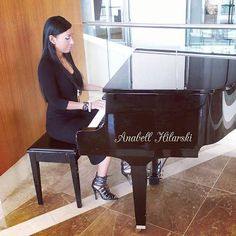 Poniéndole música a la vida Feliz Noche! A veces la música te transporta a un mundo mágico olvidándote de las cosas negativas que existen a tu alrededor.  http://anahilarski.com/ =========================================== #panama  #positivemind  #enjoylife  #entrepreneur  #businesswoman #pasion #business #monday #motivation #picoftheday #photooftheday #instagood #instadaily #instalike #photo #photographer #inspiration