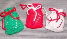 Mini Candy Bags Twelve Days Of Christmas Ornaments.Day Six: Mini Candy Bags. These pretty little bags decorated with candy canes, can ei. Knit Christmas Ornaments, Free Christmas Gifts, Christmas Bags, Christmas Projects, Christmas Wedding, Christmas Ideas, Xmas, Loom Knitting, Knitting Patterns Free