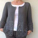 Visit the site for details. Black Crochet Dress, Crochet Coat, Crochet Cardigan Pattern, Crochet Jacket, Crochet Blouse, Cotton Crochet, Diy Crafts, Crochet Ideas, Crochet Stitches