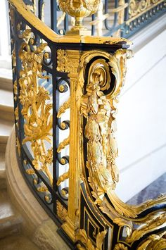 Versailles glamour - railing on stairs