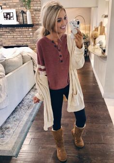 Fall winter outfits, comfy fall outfits, mom outfits, winter outfits for school, Winter Outfits For School, Cute Fall Outfits, Mom Outfits, College Outfits, Fall Winter Outfits, Autumn Winter Fashion, Spring Outfits, Casual Outfits, Winter Clothes
