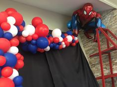 Spiderman abstract half arch Red, Blue and White balloon decor for Spiderman/Superhero theme party Superman Birthday, Avengers Birthday, Superhero Birthday Party, 6th Birthday Parties, Birthday Party Decorations, Boy Birthday, Spiderman Balloon, Spiderman Theme Party, Superhero Balloons