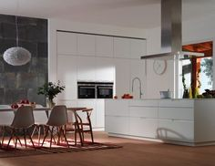 Cocinas on pinterest white gloss kitchen plastic chairs for Muebles gimenez plasencia