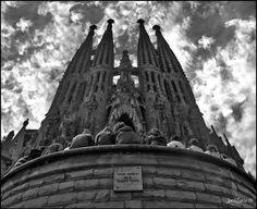 La Historia interminable. Barcelona city in 50 pictures. www.besttravelbarcelona.com #travelbarcelona #barcelona #spain