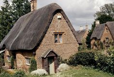 The brickwork in these English Cottages is so quaint