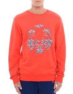 EVISU - Celebrating the brand signature on casual wear, this red sweatshirt from EVISU encapsulates white Godhead with seagull pattern. Wear it with sweatpants for a comfortable and stylish take.  • Long sleeves • crew neck, ribbed trims • Godhead seagull pattern print