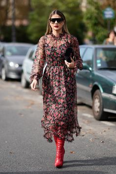 15 Fabulous Outfits That Prove Paris Fashion Week Rules All via @PureWow
