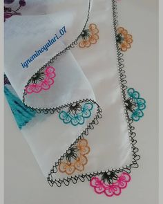 Knitting Charts, Baby Knitting Patterns, Knitting Socks, Thread Art, Needle And Thread, Knit Cowl, Knitted Shawls, Crochet Baby, Knit Crochet