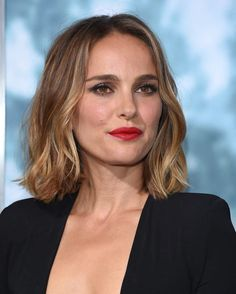 Natalie Portman, Marie Claire, Actrices Sexy, Lisa, Jawline, Hair Health, Hair Cuts, Hairstyle, Actresses