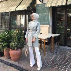✔ Office Outfits Women Casual Summer Source by dress hijab Modest Fashion Hijab, Modern Hijab Fashion, Street Hijab Fashion, Hijab Chic, Muslim Fashion, Hijab Fashion Summer, Ootd Fashion, Fashion Tips, Office Outfits Women Casual
