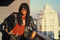 Made in 1985 : Photo Rick James, Music Icon, Soul Music, 1970s Music, Vintage Black Glamour, Old School Music, T Shirt Photo, Marvin Gaye, Music Photo