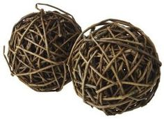 DIY: How to Make Willow Twig Balls (potential rabbit toys) Twig Crafts, Nature Crafts, Decor Crafts, Rustic Crafts, Rustic Decor, Willow Weaving, Basket Weaving, Flax Weaving, Grapevine Tree