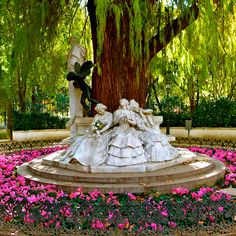 This was my favorite part of being lost in this park. Glorieta de Bécquer statue in Maria Luisa Park in Seville, Spain Statues, Wonderful Places, Beautiful Places, Spanish Garden, Iberian Peninsula, Spain And Portugal, Spain Travel, Travel Europe, Seville