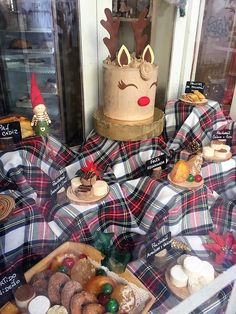 Goodies for Christmas in a Jerez pasteleria. Cadiz, Andalucia, Goodies, Christmas, Sweet Like Candy, Xmas, Gummi Candy, Navidad, Noel