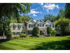 CLASSIC CENTER HALL COLONIAL. HOUSE REDONE INSIDE AND OUT. NOTHING OVERLOOKED. GREAT ATTENTION TO DETAIL.