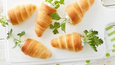 Stuffed Crescent Roll CarrotsThese carrot crescents are filled with a flavorful herbed cream cheese for the perfect springtime side dish. Cream Cheese Crescent Rolls, Crescent Roll Recipes, Brunch Recipes, Appetizer Recipes, Appetizers, Recipes Dinner, Brunch Ideas, Brunch Dishes, Antipasto