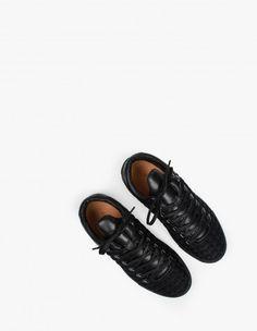 sale retailer 835df dc6b6 24 Best Sneaker Lookbook images   Fashion shoes, Male fashion, Man ...