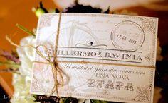 Lola Wonderful_Blog: Invitación postal personalizada