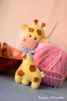 lanand - Рукоделие из фетра Diy Christmas Ornaments, Felt Ornaments, Christmas Gifts, Boutique D Caroline, Foam Crafts, Diy Crafts, Giraffe Birthday Parties, Felt Giraffe, Sewing Toys