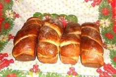 Retete Culinare - Cozonac pufos si delicios Cooking Recipes, Bread, Food, Chef Recipes, Brot, Essen, Baking, Meals, Eten