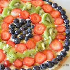 Fruit Pizza Delight {Cooking With Kids}