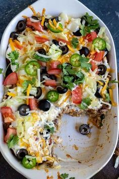 This Low Carb Taco Casserole Recipe is the perfect dinner idea for anyone trying. - foodThis Low Carb Taco Casserole Recipe is the perfect dinner idea for anyone trying to eat low carb or Keto. A satisfying meal that is quick, easy and nutritious. Low Carb Califlower Recipes, Healthy Low Carb Recipes, Healthy Dinner Recipes, Healthy Casserole Recipes, Easy Low Carb Meals, Low Carb Keto, No Carb Recipes, Paleo Meals, Paleo Food