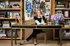 Tory Burch Source: Brigitte Lacombe Tory Burch, the fashion icon who launched a preppy-chic lifestyle brand in 2004 that now top. Brigitte Lacombe, Tory Burch, Me Time, Poses, Black Women Fashion, Men's Grooming, Fashion Over 40, Business Women, Business Grants