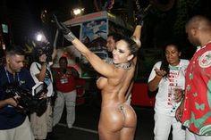 Mulher Melão na Sapucaí (Foto: Marcos Serra Lima / EGO)