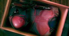 'Daredevil' Season 2 Photo Boxes Up the Red Suit Daredevil Suit, Daredevil Season 2, Marvel Comics Art, Marvel Heroes, Marvel Dc, Defenders Marvel, Red Costume, Costumes, Body Armor