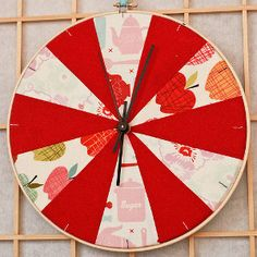 Your Kind of DIY Clock. In an embroidery hoop!