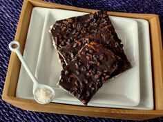matzo brittle that uses cocoa nibs