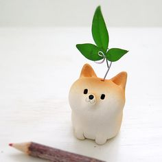 This is a memo stand of Shiba Inu type.   I hope you enjoy feel the texture of the porcelain.   Please display on the desk and enjoy your