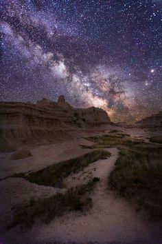 Badlands National Park Milkyway -OC- [900x600]